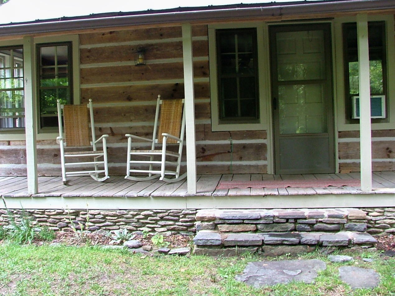 Black mountain log cabin rental near asheville nc and the for Log cabin porch